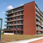 sedumdak-appartementencomplex-Son-parkeerkelder-gelegen-kanaal-1