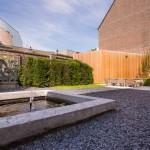 daktuin-monumentaal-pand-maastricht-kunst-modern-eenvoud-tuin-03
